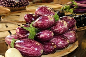 We loved learning about the enchanted heirloom eggplant.  Fairytale, Hansel, Gretel, Ghost and Zebra......stay tuned for a roasted eggplant recipe!