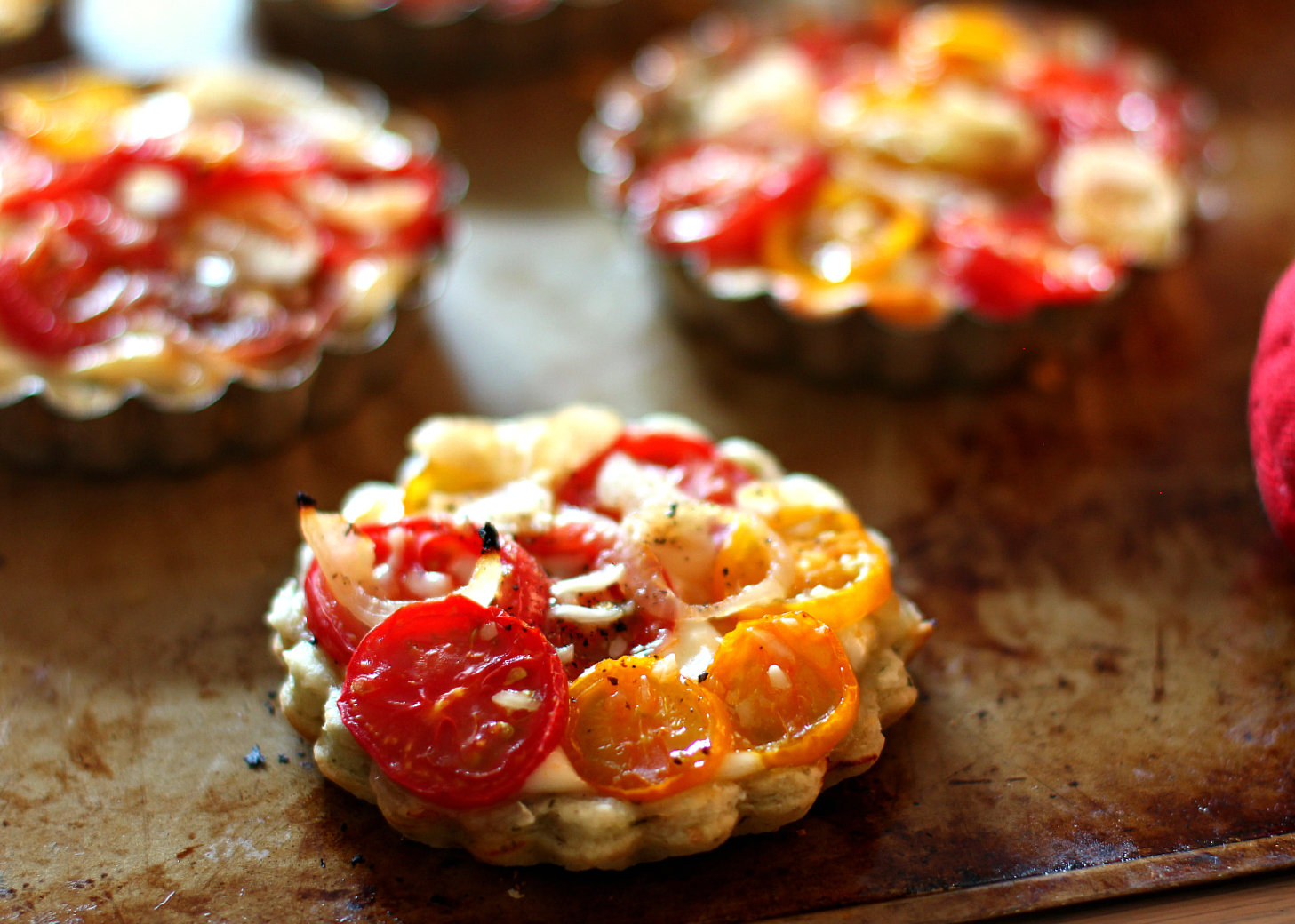 Tomato Tart with Three Herb Garlic Crust | High Heels To Hot Wheels