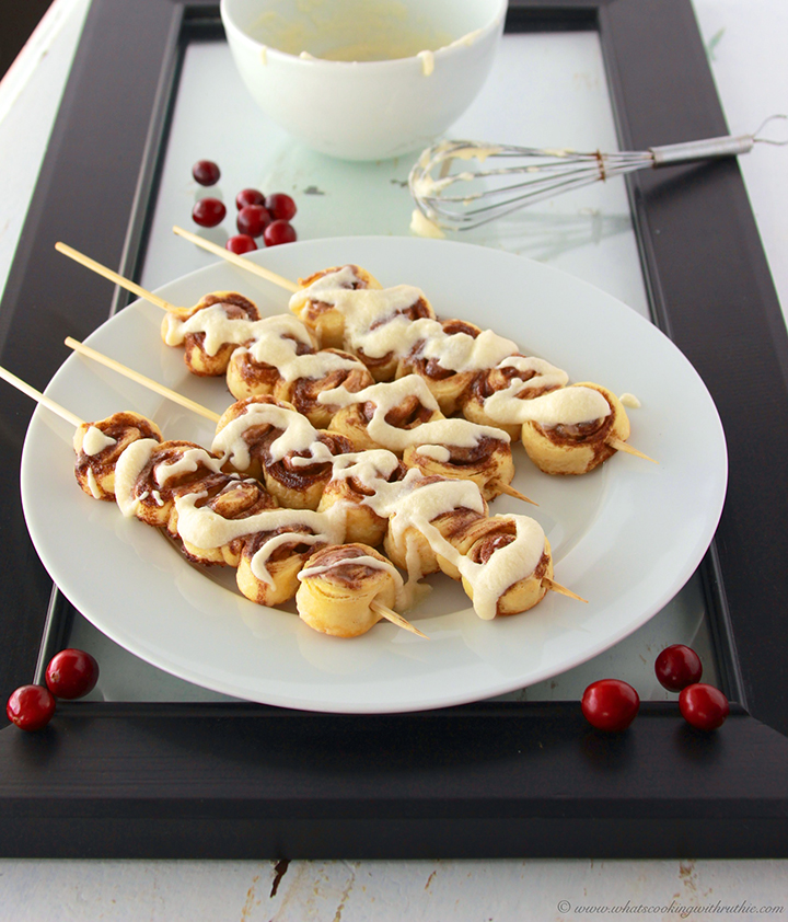 Mini Cinnamon Roll Kabobs